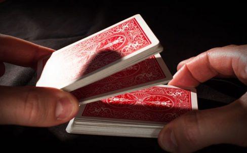 lozhnoe-tasovanie-kolody-kart-strip-shuffle
