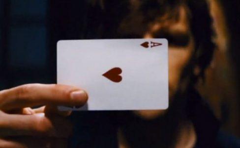 prostoj-fokus-s-kartami-smena-shhelchkom