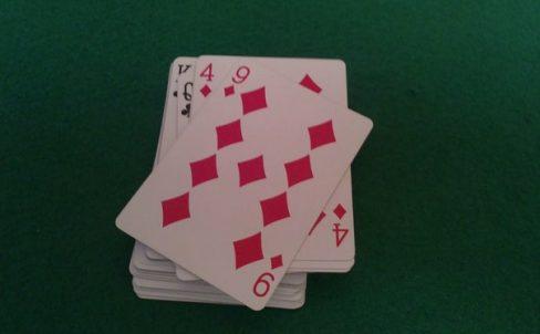 matematicheskie-fokusi-s-kartami-52-karty