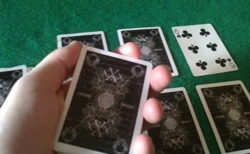 kak-delat-prostye-fokusy-s-kartami-3