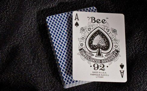 Обзор колоды Bee Standard. Где купить игральные карты для фокусов?