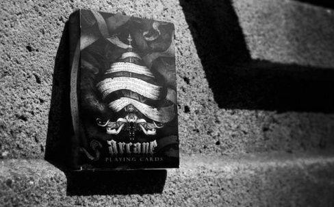 karty-arcane-black-kupit