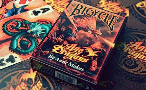 kupit-igralnye-karty-bicycle-age-of-dragon